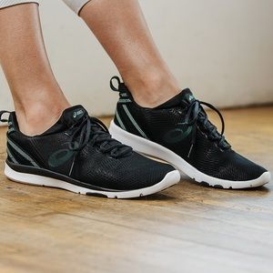 NEW✨ASICS Gel Fit Sana 3 Training Shoes